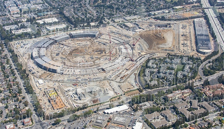 Imagem aérea do Apple Campus 2 em HD