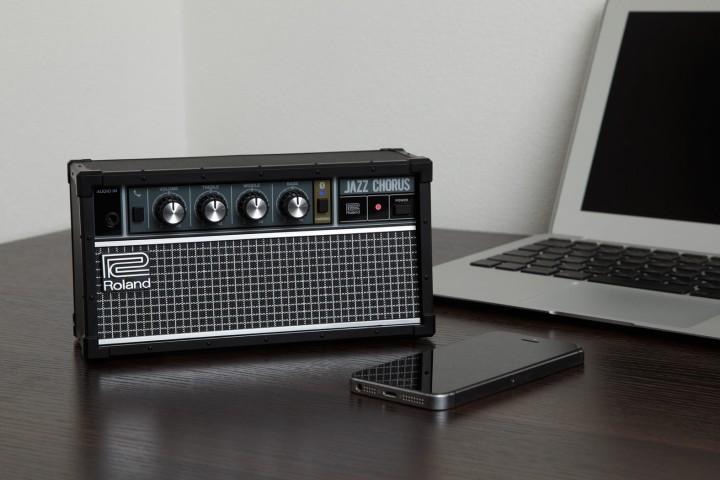 roland jc-01 bluetooth speaker o futuro é mac
