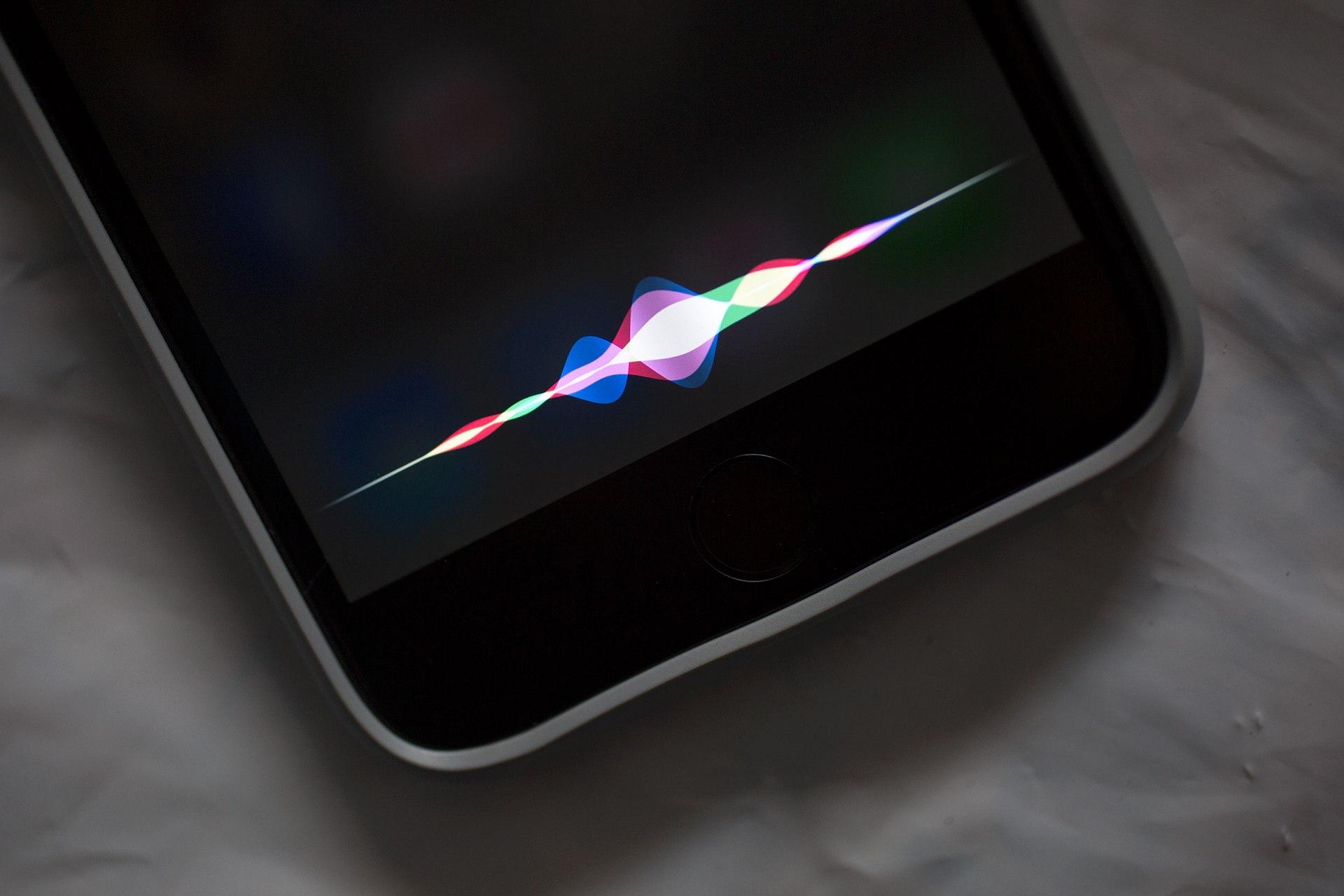 Siri iPhone Pedro Topete Apple Portugal O futuro é mac
