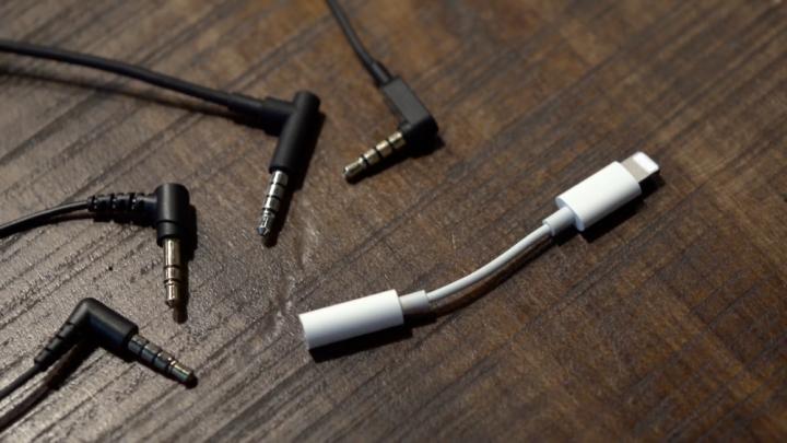 adaptador Lightning do iPhone 7 Leak Pedro Topete Apple Blog (2)