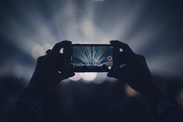 iphone-concerto-espectaculo-camara-fotografica-pedro-topete-apple-blog-portugal-o-futuro-e-mac